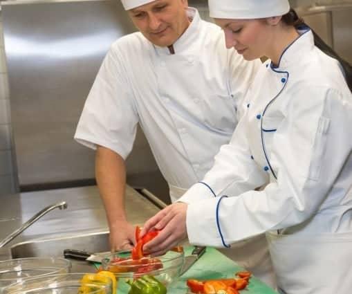Curso ayudante de cocina loopian educaci n a distancia for Mesa ayudante de cocina